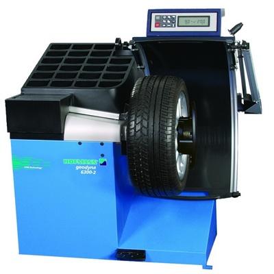 Стенд для балансировки колес легковых автомобилей GEODYNA-6300-2